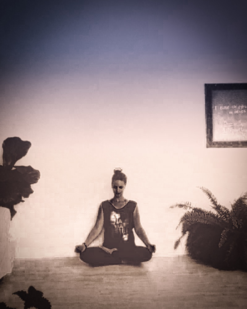 Three Common Fears About Yoga Class  (And How to Overcome Them) 1